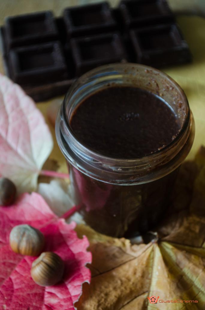 crema spalmabile nocciole e cioccolato fondente