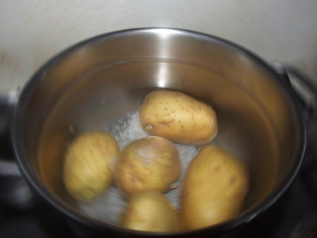 ricetta zeppole di patate