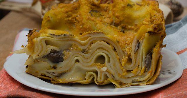 Lasagne con pesto di zucca e funghi