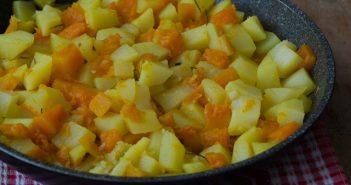 Patate e zucca in padella saltate al rosmarino