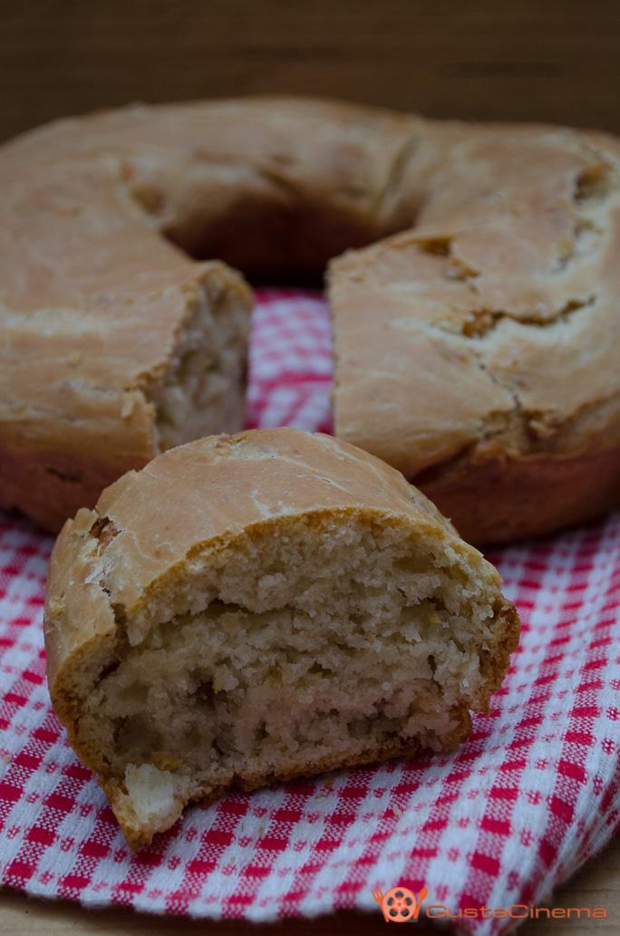 Ciambella con cigoli di maiale - tortano napoletano