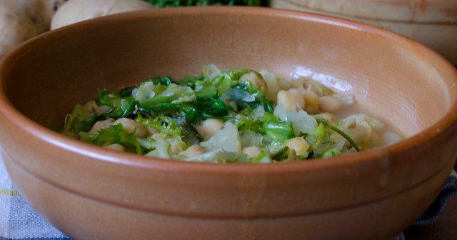 Zuppa di ceci patate e scarola