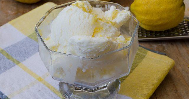 Gelato al limone senza uova e senza gelatiera