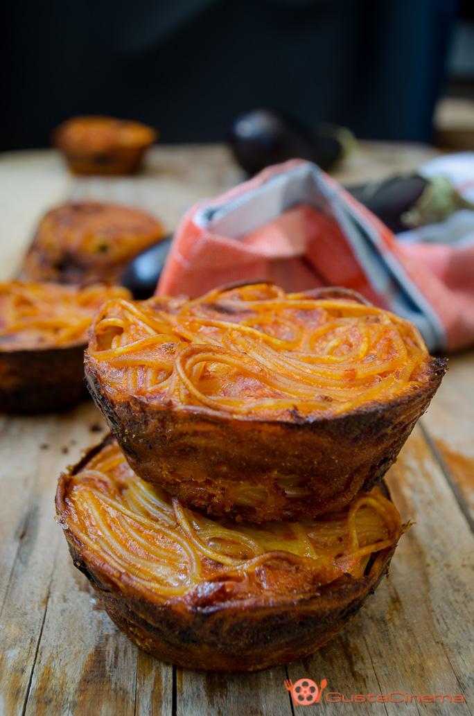Frittatine di spaghetti con melanzane al forno