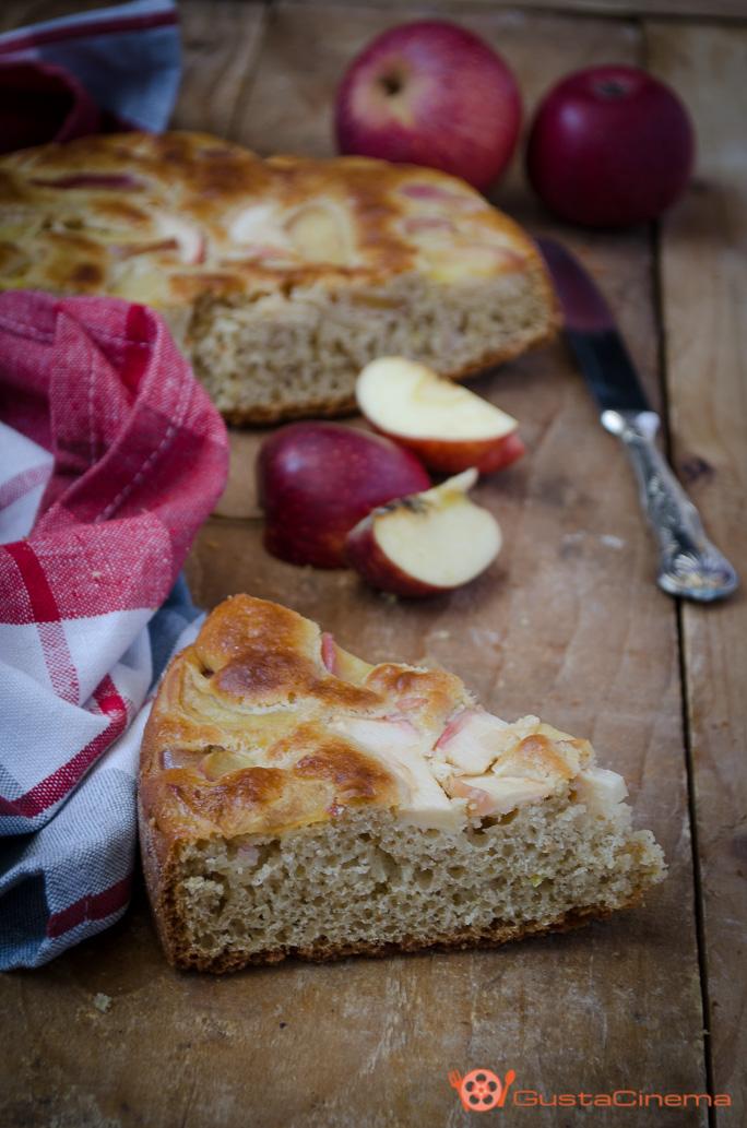 Torta di mele allo yogurt e cannella