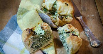 Muffin di pasta sfoglia con ricotta e spinaci
