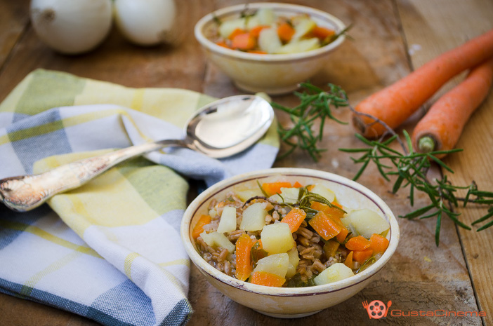 Zuppa di farro carote e patate