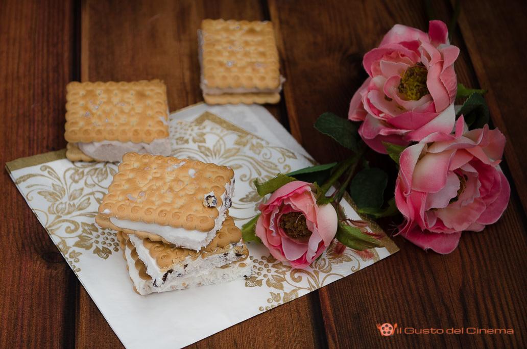 Biscotto gelato fatto in casa senza uova